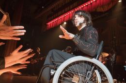 photo 8/15 - Chris Thornton - Sympathy for Delicious - © Films sans Fronti�res