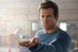 photo 56/74 - Ryan Reynolds - Green Lantern - © Warner Bros