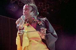 Miriam Makeba Soul power photo 1 sur 2