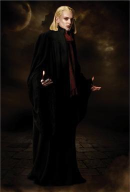 photo 28/106 - Jamie Campbell Bower - Twilight - Chapitre 2 : Tentation - © SND