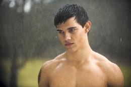 photo 70/106 - Taylor Lautner - Twilight - Chapitre 2 : Tentation - © SND