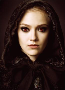 photo 18/106 - Dakota Fanning - Twilight - Chapitre 2 : Tentation - © SND