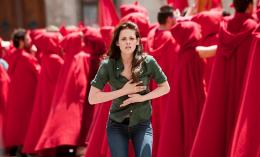 photo 83/106 - Kristen Stewart - Twilight - Chapitre 2 : Tentation - © SND