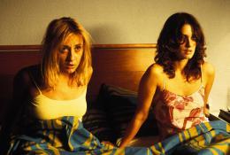 photo 2/9 - Paz Vega, Nathalie Poza - Un lit pour quatre - © Metropolitan FilmExport