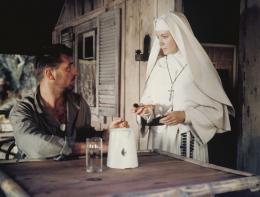 Dieu seul le sait Deborah Kerr et Robert Mitchum photo 5 sur 5