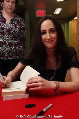 photo 116/122 - Sophie Kinsella - Dédicace du livre Confessions d'une accro du shopping le 23 Janvier 2009 - Confessions d'une accro du shopping