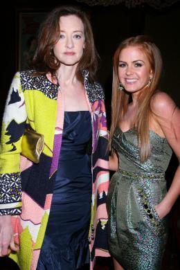 photo 79/122 - Joan Cusack et Isla Fisher - Avant-première du film Confessions d'une accro du shopping le 5 Février 2009 - Confessions d'une accro du shopping