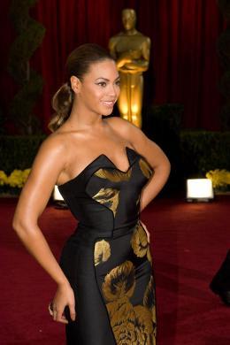 Beyoncé Knowles Tapis Rouge des Oscars 2009 ! photo 10 sur 45