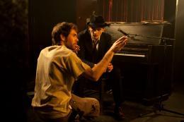 photo 6/10 - Beno�t Philippon, Rupert Friend - Lullaby - © Rezo Films