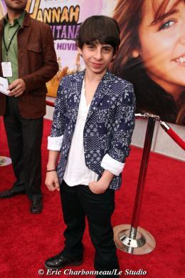Moises Arias Avant-première mondiale Hannah Montana photo 1 sur 1