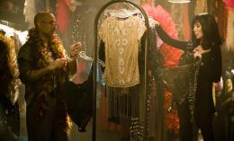 photo 3/16 - Stanley Tucci, Cher - Burlesque - © Sony Pictures