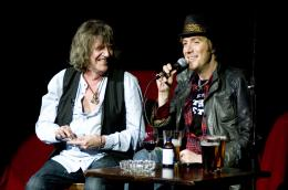 photo 10/12 - Howard Marks, Rhys Ifans - Mr. Nice - © UFO Distribution