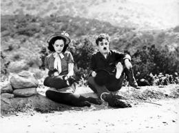 Paulette Goddard Paulette Goddard, Charlie Chaplin, Les Temps Modernes photo 3 sur 3