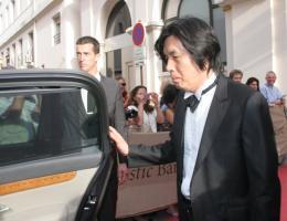 Lee Chang-dong Festival de Cannes 2009 photo 3 sur 4