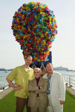 photo 147/409 - John Lasseter, Charles Aznavour et Pete Docter - L�-Haut - © Walt Disney Studios Motion Pictures France
