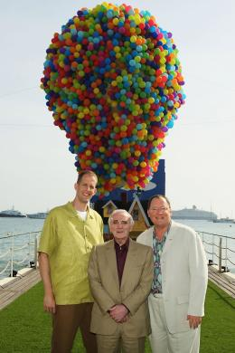 photo 146/409 - John Lasseter, Charles Aznavour et Pete Docter - L�-Haut - © Walt Disney Studios Motion Pictures France