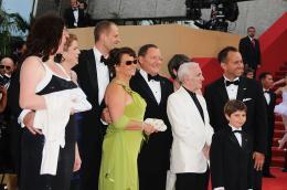 photo 116/409 - Bob Peterson, Charles Aznavour, John Lasseter, Pete Docter, Jonas Rivera et Tom Trouffier - L�-Haut - © Walt Disney Studios Motion Pictures France