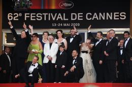 photo 123/409 - Bob Peterson, Charles Aznavour, John Lasseter, Pete Docter, Jonas Rivera et Tom Trouffier - L�-Haut - © Walt Disney Studios Motion Pictures France