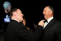 photo 150/409 - John Lasseter, Dick Cook - Festival de Cannes 2009 - L�-Haut