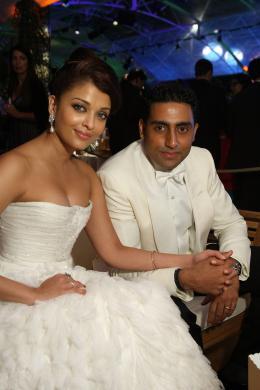 photo 157/409 - Aishwarya Rai - Festival de Cannes 2009 - L�-Haut
