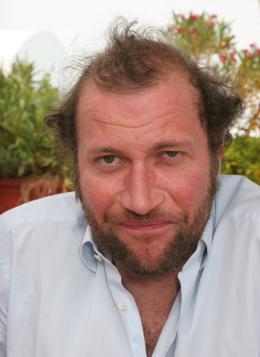 La Famille Wolberg François Damiens à Cannes pour la présentation de La Famille Wolberg photo 7 sur 13