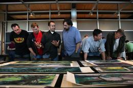 photo 310/409 - Brian McKenna, Dave Mullins, Jonas Rivera, Bob Peterson, Dominique Louis et Pete Docter - L�-Haut - © Walt Disney Studios Motion Pictures France