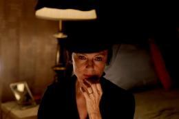 Jacqueline Bisset Death in Love photo 4 sur 13