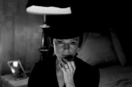 Jacqueline Bisset Death in Love photo 3 sur 13