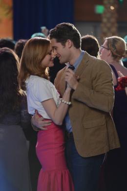 photo 70/316 - Matthew Morrison, Jayma Mays - Glee - © Fox