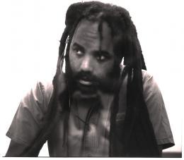 photo 2/6 - Mumia Abu-Jamal - Toute ma vie [en prison] - © Lug Cinéma
