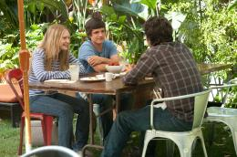 photo 6/18 - Mia Wasikowska, Mark Ruffalo, Josh Hutcherson - Tout va bien, the kids are all right - © UGC Ph