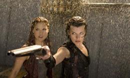 photo 17/39 - Milla Jovovich, Ali Larter - Resident Evil : Afterlife - © Métropolitan Film