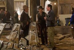 photo 7/83 - Harrison Ford, Daniel Craig, Jon Favreau - Cowboys & Envahisseurs - © Paramount