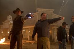 photo 6/83 - Daniel Craig, Jon Favreau - Cowboys & Envahisseurs - © Paramount