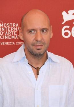 photo 23/29 - Jaume Balaguero - Pr�sentation du film Rec2 - Mostra de Venise 2009 - Rec 2 - © Isabelle Vautier - Commeaucinema.com 2009