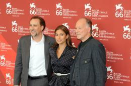 photo 33/39 - Nicolas Cage, Eva Mendes et Werner Herzog - Pr�sentation du film Bad Lieutenant - Mostra de Venise 2009 - Bad Lieutenant : Escale � la Nouvelle-Orl�ans