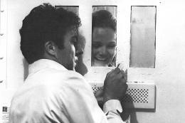 photo 11/14 - Dustin Hoffman et Valerie Perrine - Lenny - © Splendor films