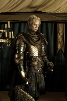 Gwendoline Christie Game of Thrones - Le Trône de fer (Saison 2) photo 7 sur 7