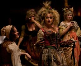 photo 21/85 - Helena Bonham Carter - Les Misérables - © Universal Pictures International France