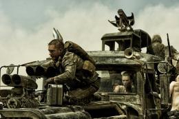 photo 16/134 - Tom Hardy - Mad Max : Fury Road - © Warner Bros