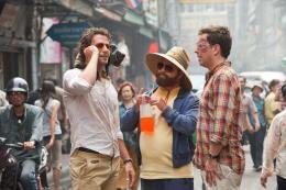 photo 16/48 - Bradley Cooper, Zach Galifianakis, Ed Helms - Very Bad Trip 2 - © Warner Bros