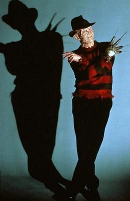 photo 2/4 - Robert Englund - Freddy - Les Griffes de la nuit - © Metropolitan FilmExport