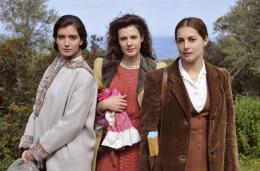 Les Héritières Amira Casar, Héléna Soubeyrand, Hélène Seuzaret photo 8 sur 23