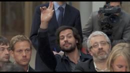 photo 16/17 - Laurent Lafitte - Moi, Michel G, milliardaire, maître du monde - © Rezo Films