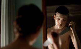 photo 9/23 - Laisse-moi entrer - © Métropolitan Film