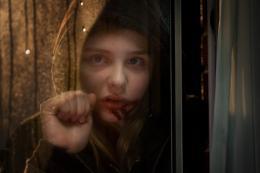 photo 16/23 - Chloe Moretz - Laisse-moi entrer - © Métropolitan Film