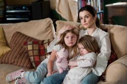 photo 9/34 - Taylor Geare, Claire Geare, Rachel Weisz - Dream House - © Warner Bros