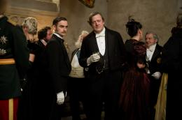 Stephen Fry Sherlock Holmes 2 : Jeu d'ombres photo 8 sur 24