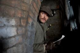 photo 42/76 - Jude Law - Sherlock Holmes 2 : Jeu d'ombres - © Warner Bros