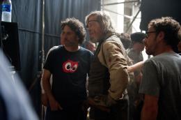 photo 16/81 - Jeff Bridges, Ethan Coen, Joel Coen - True Grit - © Paramount